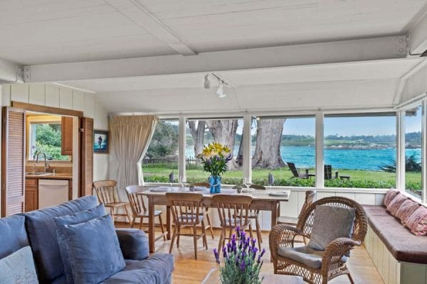 Whalers Cottage L iving/Dining Area with Sweeping Pacific Ocean Views